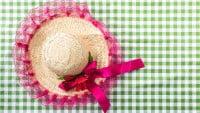 Accesorios típicos de las fiestas juninas de Brasil