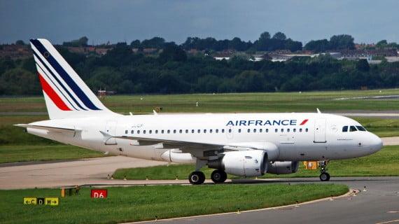 Avión da compañía aérea AirFrance
