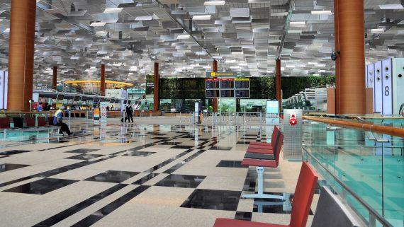 Changi aireportua, Singapur