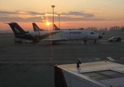 Amanecer en el aeropuerto de Budapest