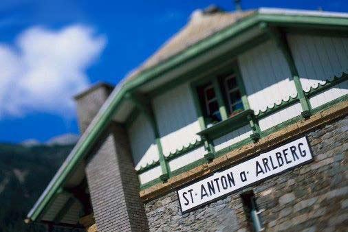 Antigua estacion de tres en Tirol