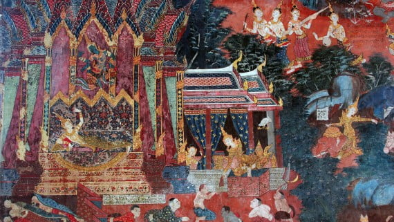 Arte de la India representado en el Templo de la Provincia de Suphanburi, Tailandia