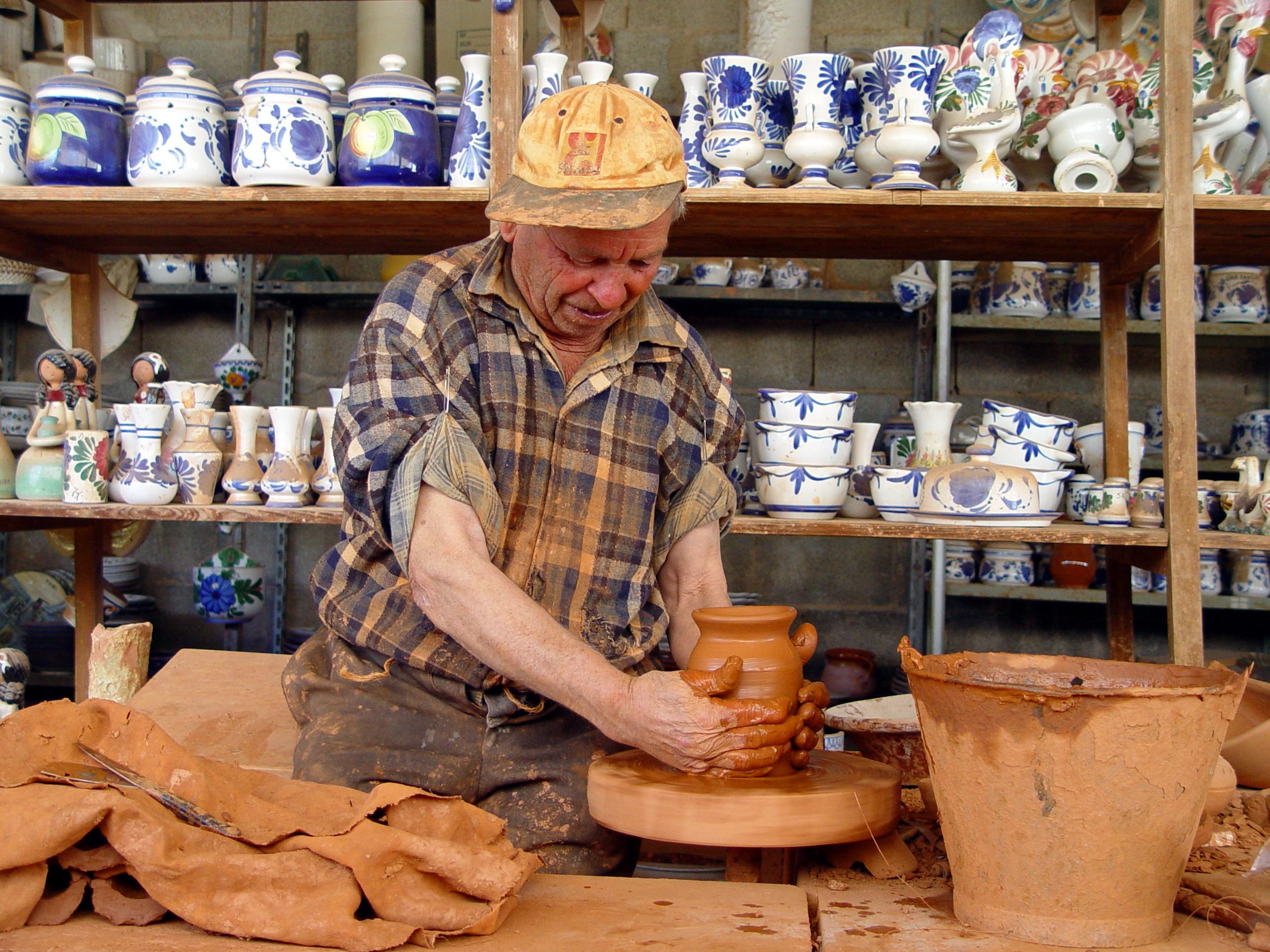 Artesan a de portinatx ibiza for Taller de artesanias