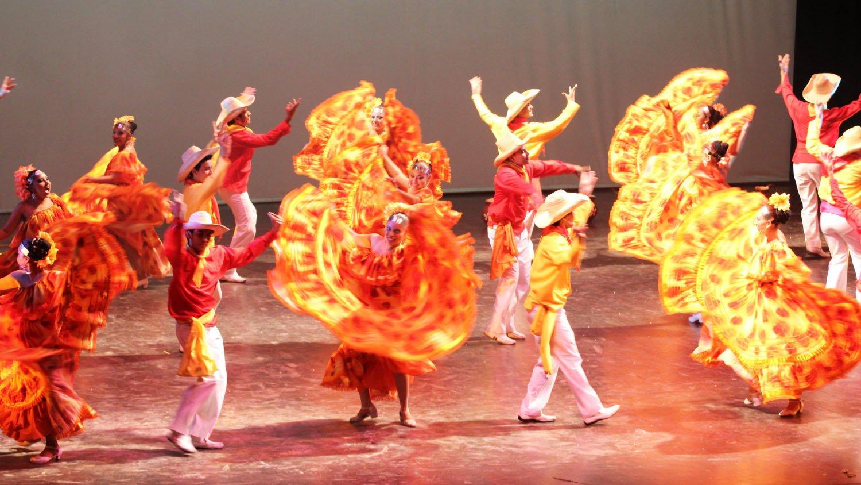 51 Comentarios En    Bailes T  Picos De Nicaragua