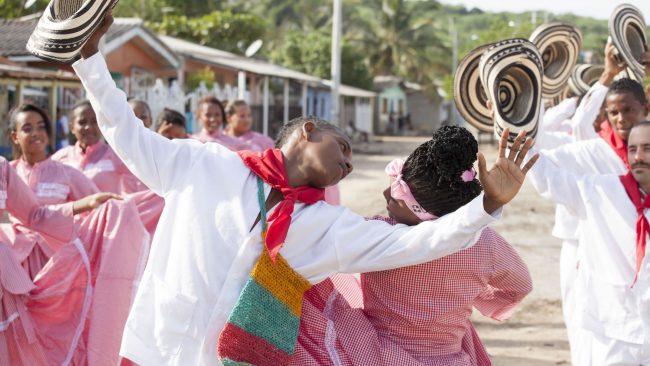 Indietako Cartagenako dantzak eta jantzi tipikoak
