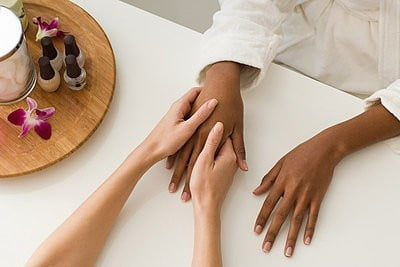 Balnearios en Granada manicure