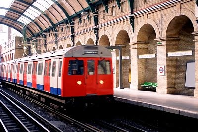 Barrios de Londres Notting Hill tren