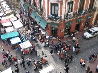 Buenos Aires turismo San Telmo Plaza Dorrego