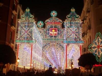 Calle Iluminada en Fallas