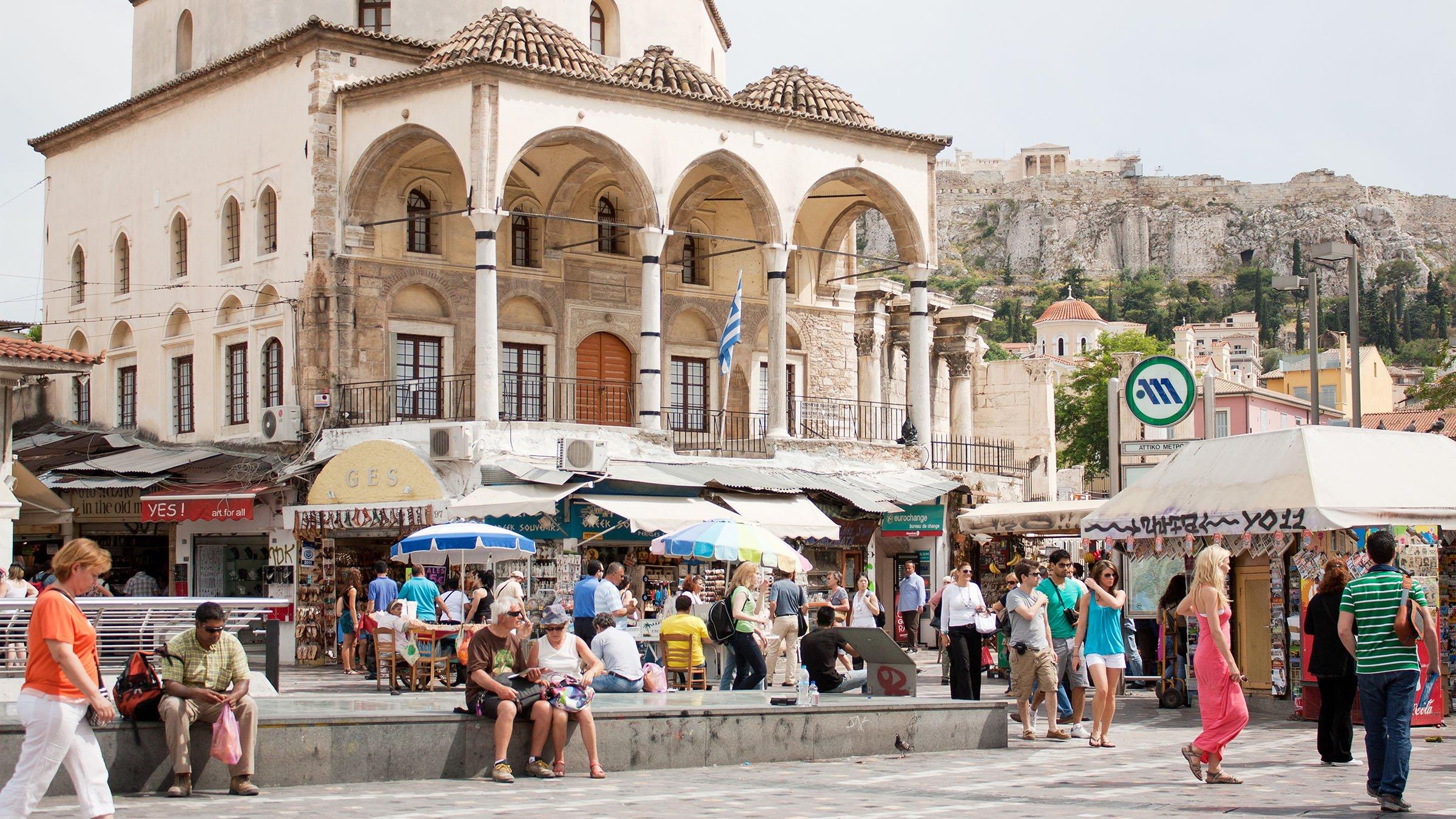 Calles llenas de Grecia
