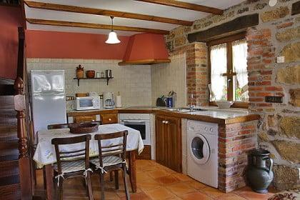 Casas rurales en asturias for Cocinas rurales
