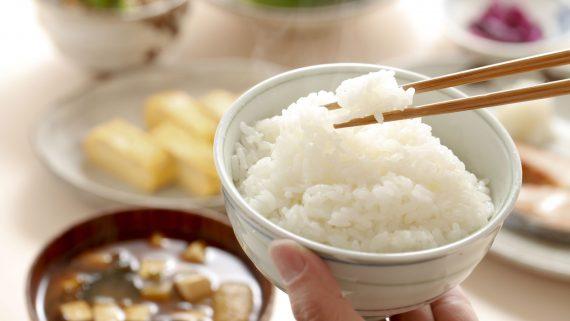 Consumo de arroz na cociña oriental
