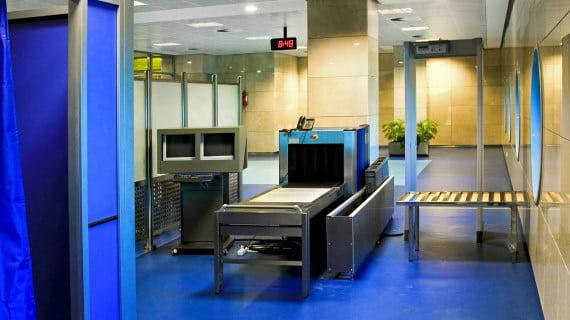 Control de seguridad aeroportuaria
