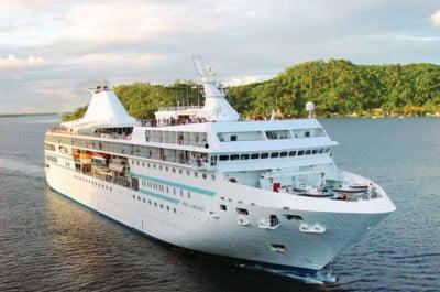 Crucero internacional