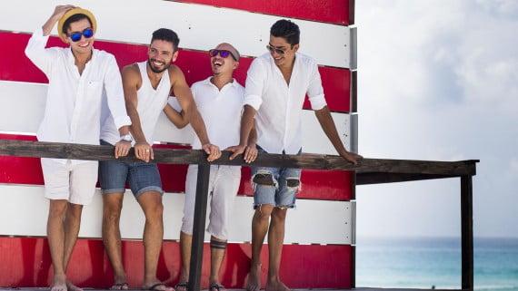 Os cruceiros homosexuais, unha das formas máis populares de turismo gay
