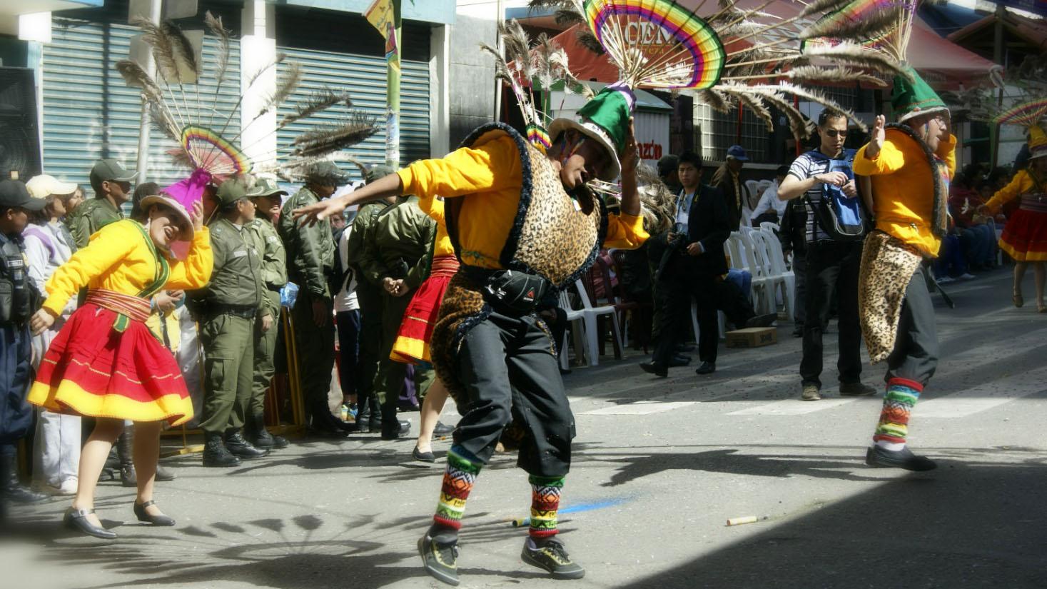 Danzas tipicas de Bolivia