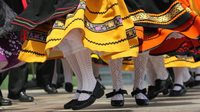 Danzas típicas de España