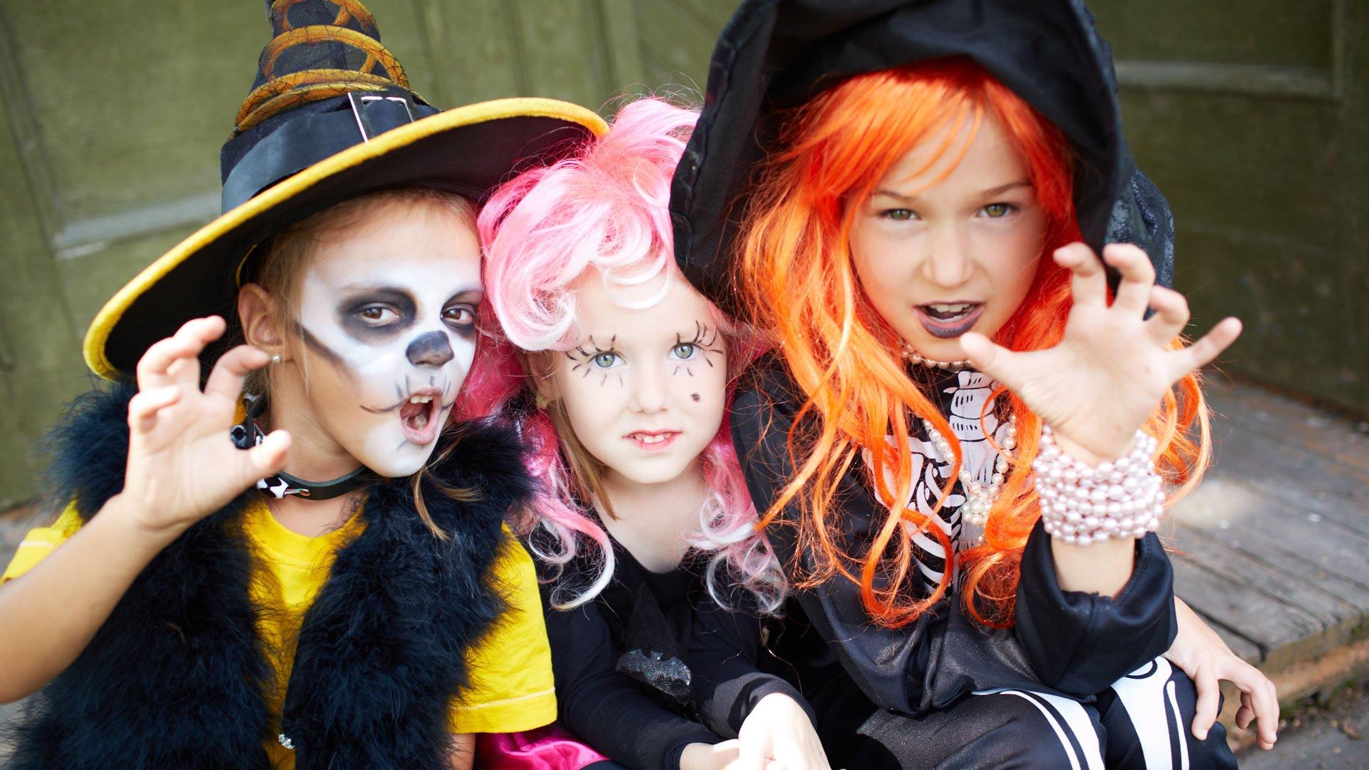 Personajes Comunes En Un Viaje En Autobús: Disfraces De Halloween Para Niños