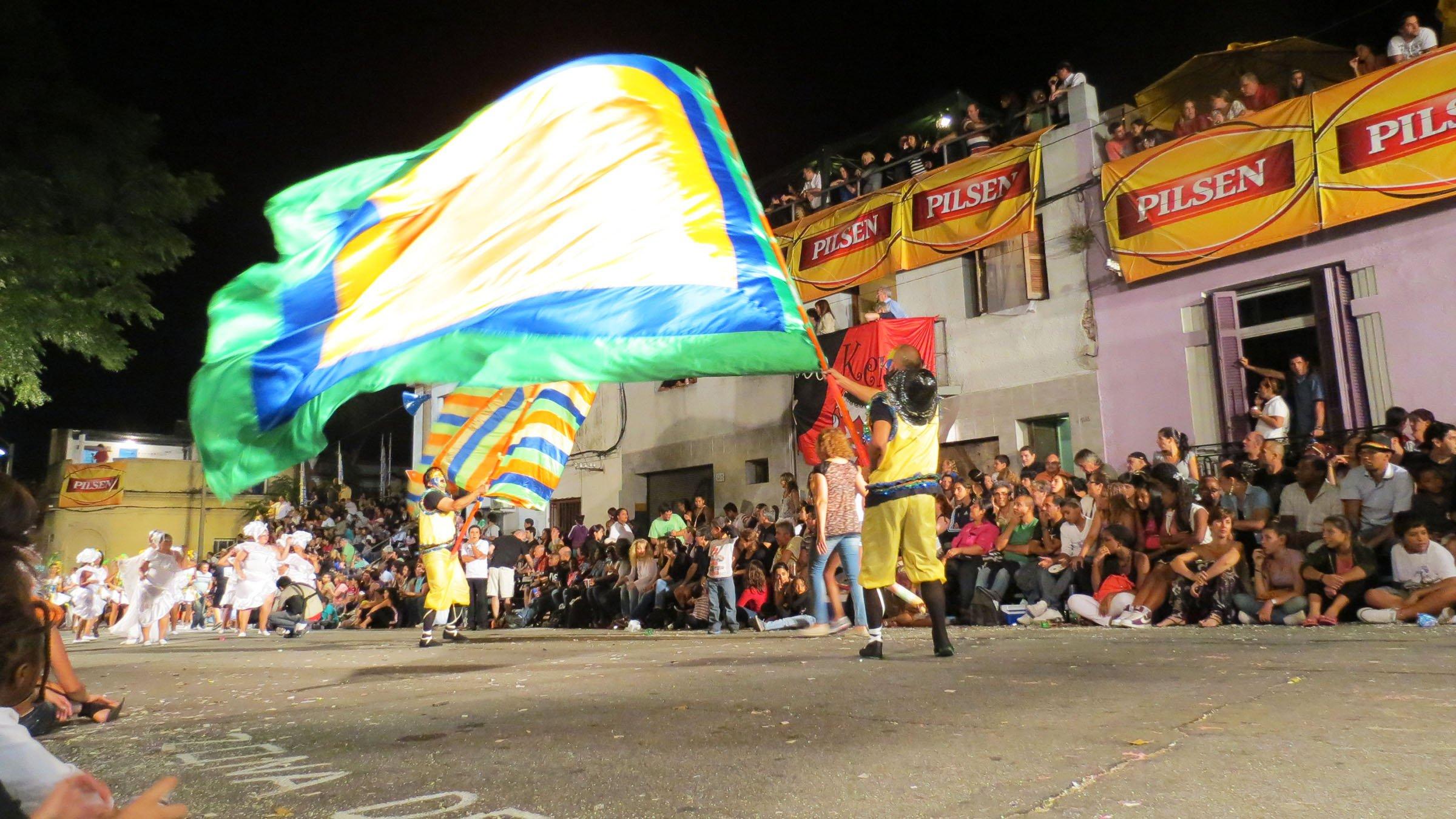 El Carnaval en Uruguay  bandera