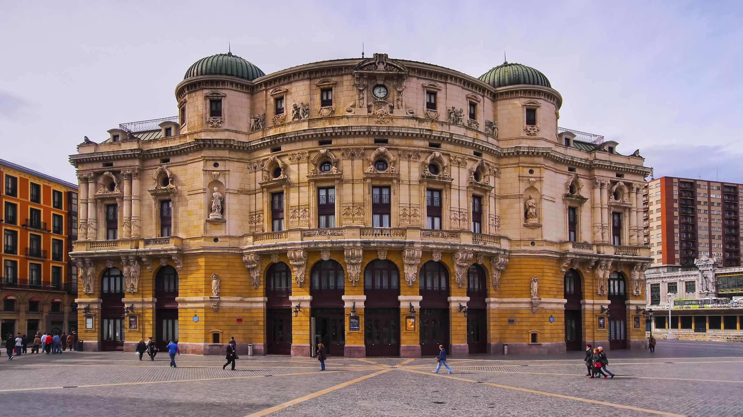 El teatro arriaga bilbao vizacaya espa a for Ciudades mas turisticas de espana