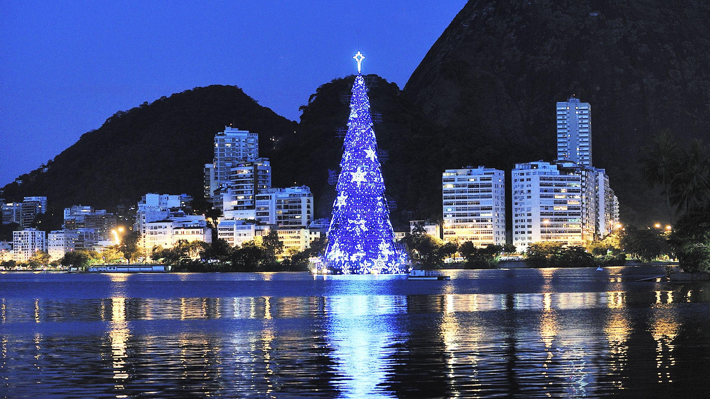 Fotos De Navidad En Brasil.El Impresionante Arbol De Navidad De Rio De Janeiro Brasil