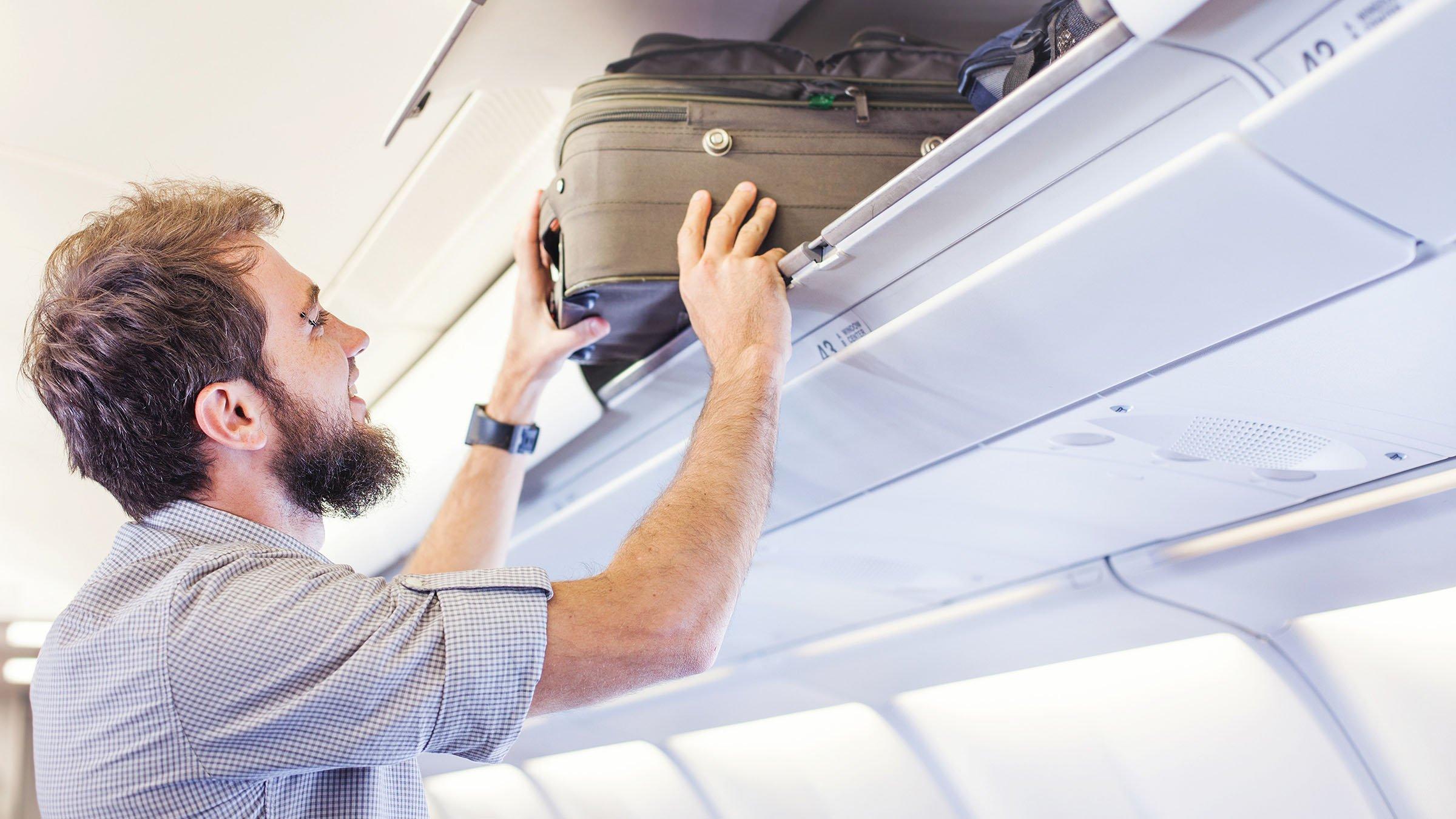El equipaje en cabina permitido en delta air lines for Cabina principale delta