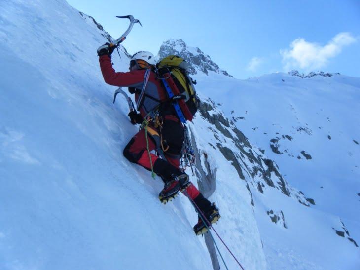 Resultado de imagen de escalada en hielo