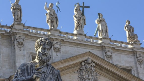 Estatua de San Pedro en la Basílica de San Pedro, el Vaticano