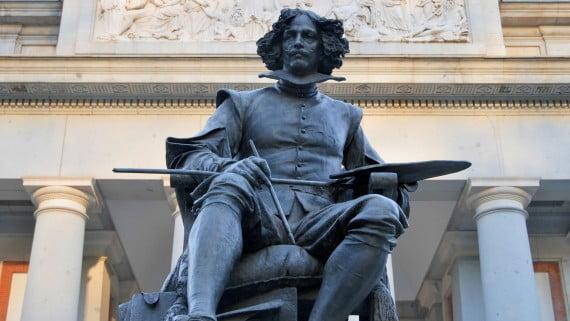 Estatua de Velázquez en el Museo del Prado, Madrid