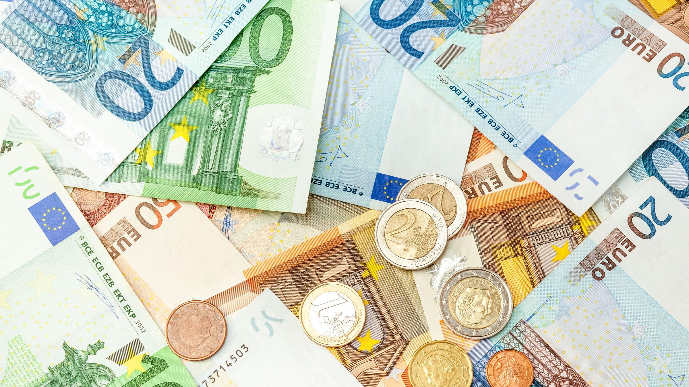 Смотреть картинки евро в облаках