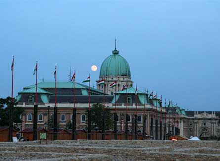 Fachada del Palacio Real de Buda