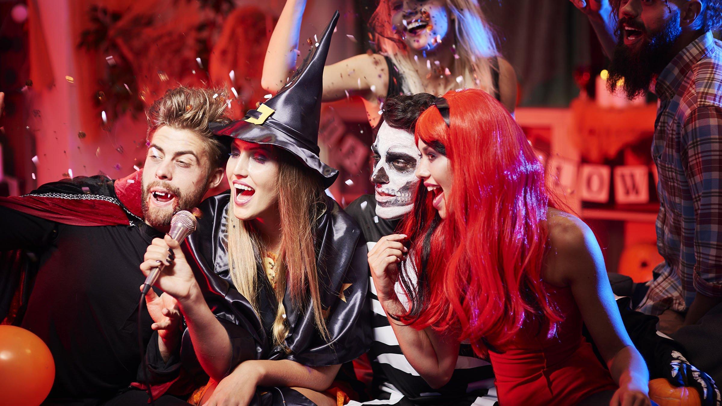 Fiesta de halloween - La casa de los disfraces sevilla montesierra ...