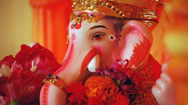 Ganesha, zorte onaren eta oparotasunaren jainkoa Indian