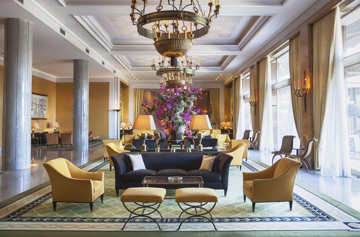 Los 22 hoteles m s lujosos de madrid for Hoteles de lujo en vitoria