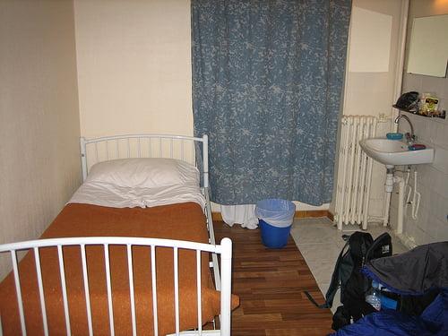 Habitacion le montclair montmartre for Alojamiento barato en sevilla centro