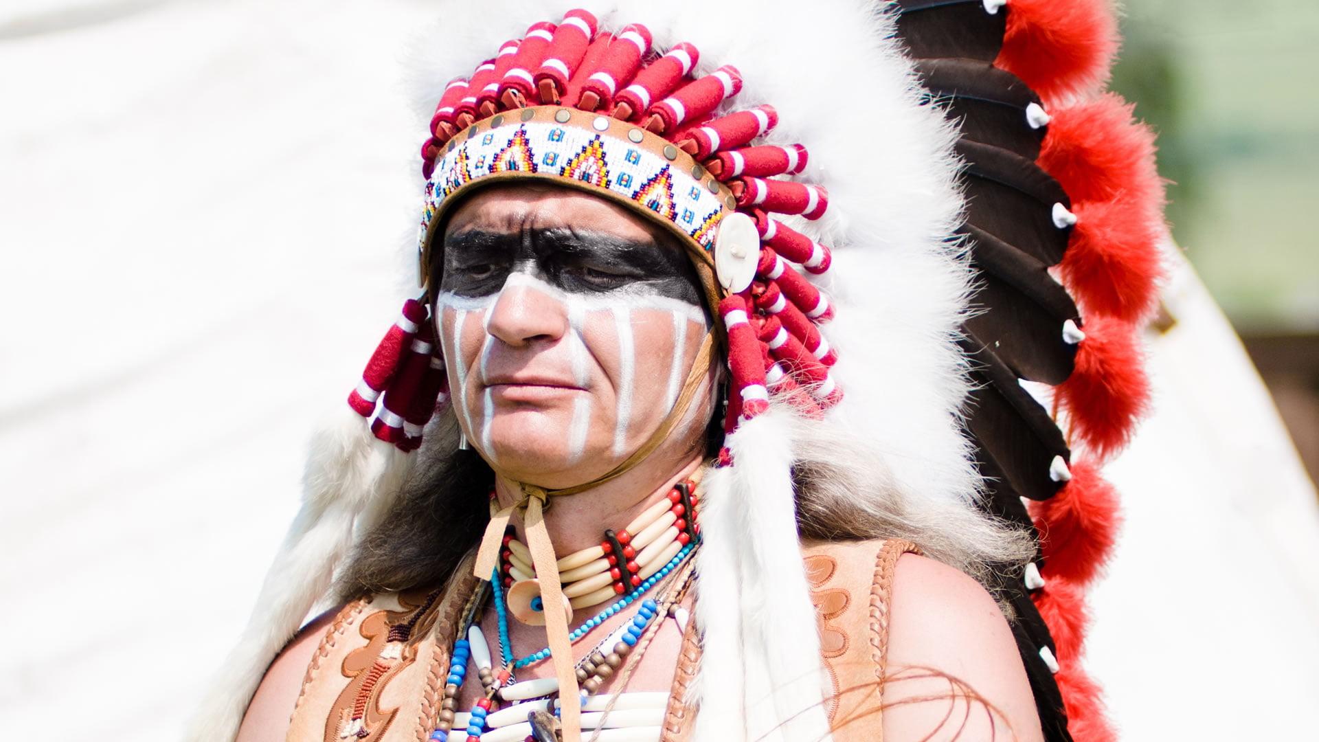 Recomendaciones Para Las Personas Que Van A Viajar A Eeuu: Indumentaria De Indio Nativo De Estados Unidos