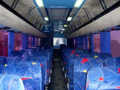 Interior de un Bus