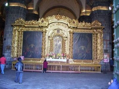 Interior de la Catedral del Cuzco