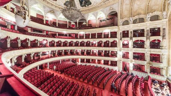 La popularización de la ópera en Inglaterra