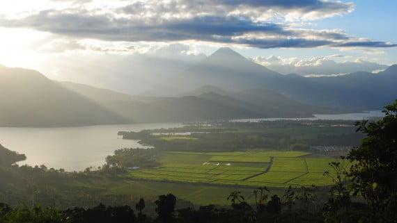 Lago de Amatitlán (Guatemala)