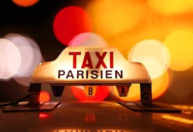 Letrero del techo taxi Paris
