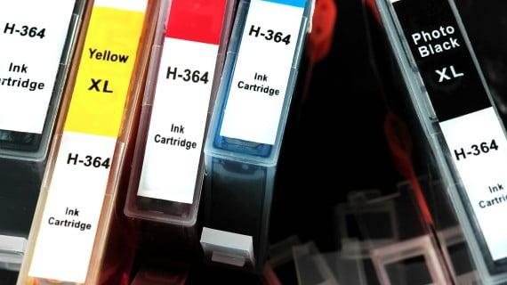 Limitaciones de EasyJet para el transporte de cartuchos de tinta o tóner