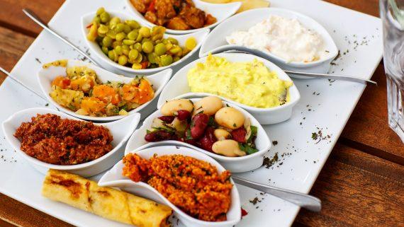 Receta de gemist o verduras rellenas a la griega paso a paso for Verduras tipicas de francia