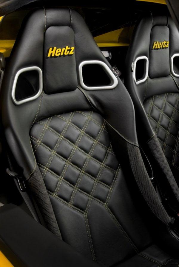 Lotus en Hertz