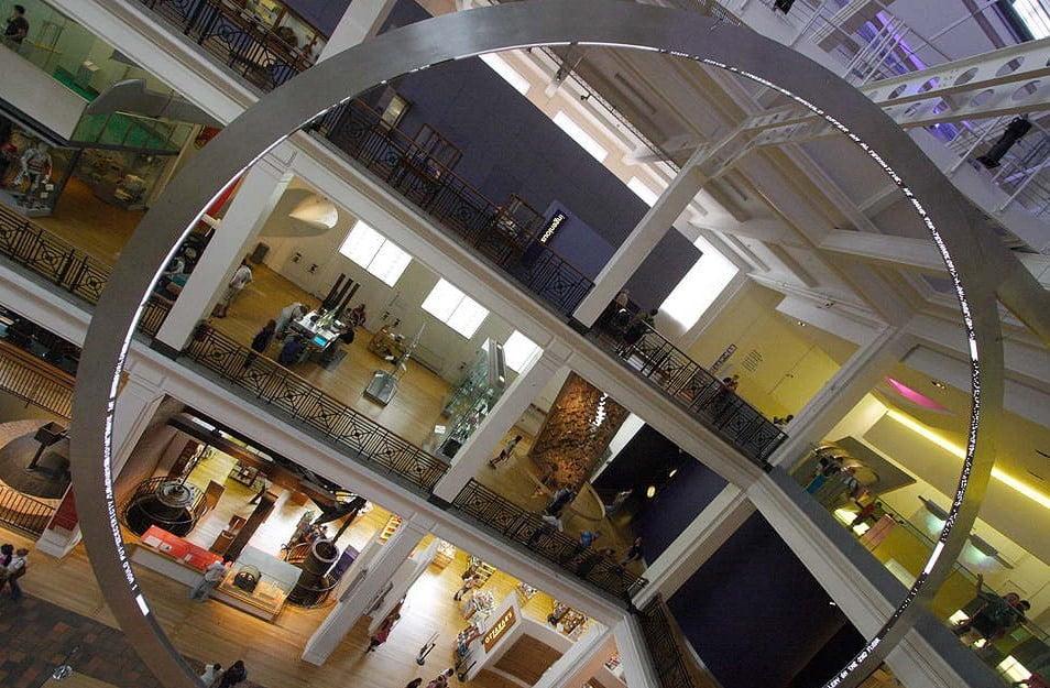 Hall Central del Museo de Ciencias de Londres