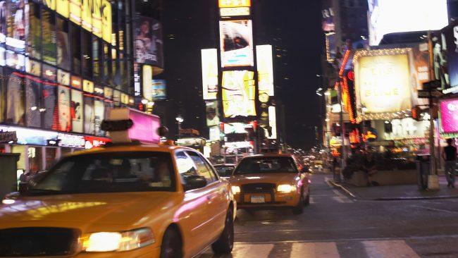 Times Square pola noite