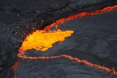 Mapa volcánico & volcanes en erupción volcán en el desierto danakil