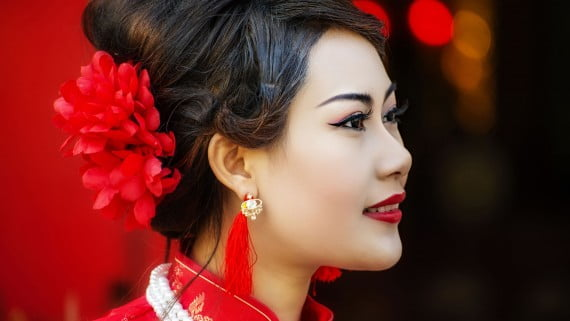 "Traditionelles ""Cheongsam"" Make-up"
