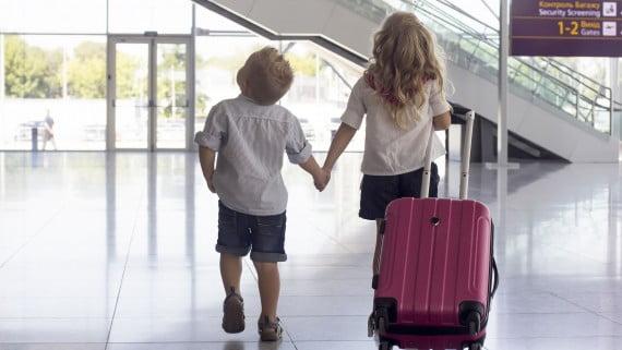 Menores que viajen solos entre Estados miembros de la UE