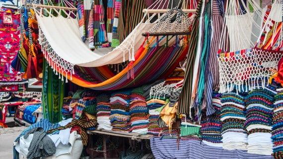 Mercado de artesanías de Otavalo, Imbabura
